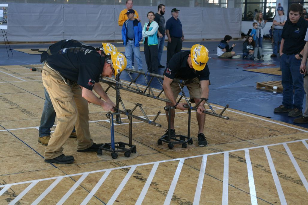 ASCE students competing