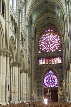 Reims interior west
