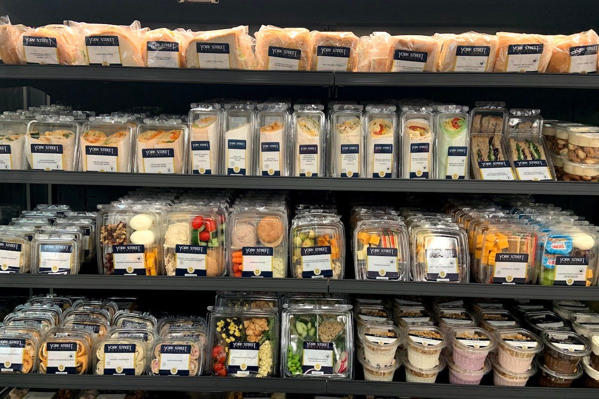 grocery at hsc market