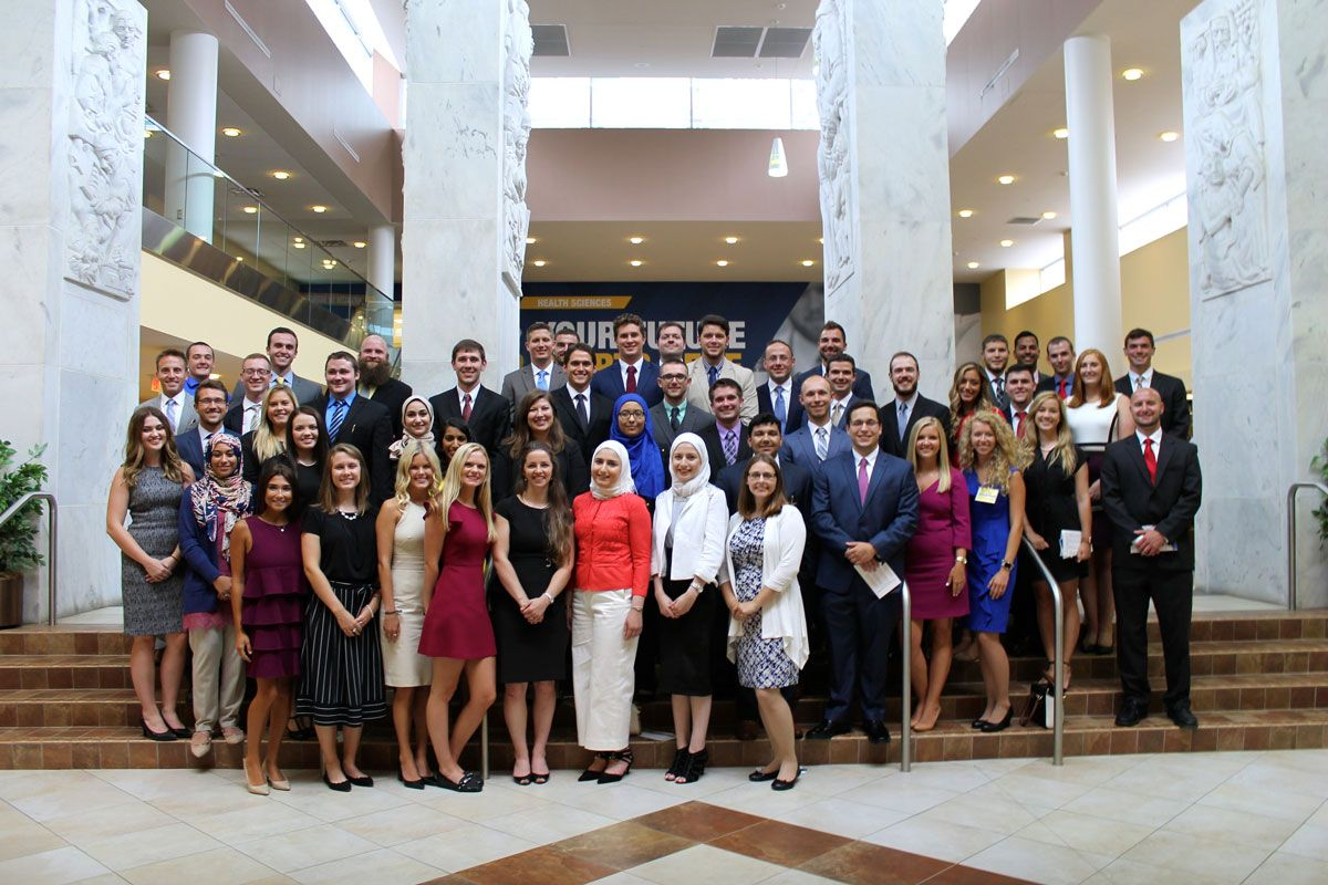 School of Dentistry class of 2021 pledges professionalism at