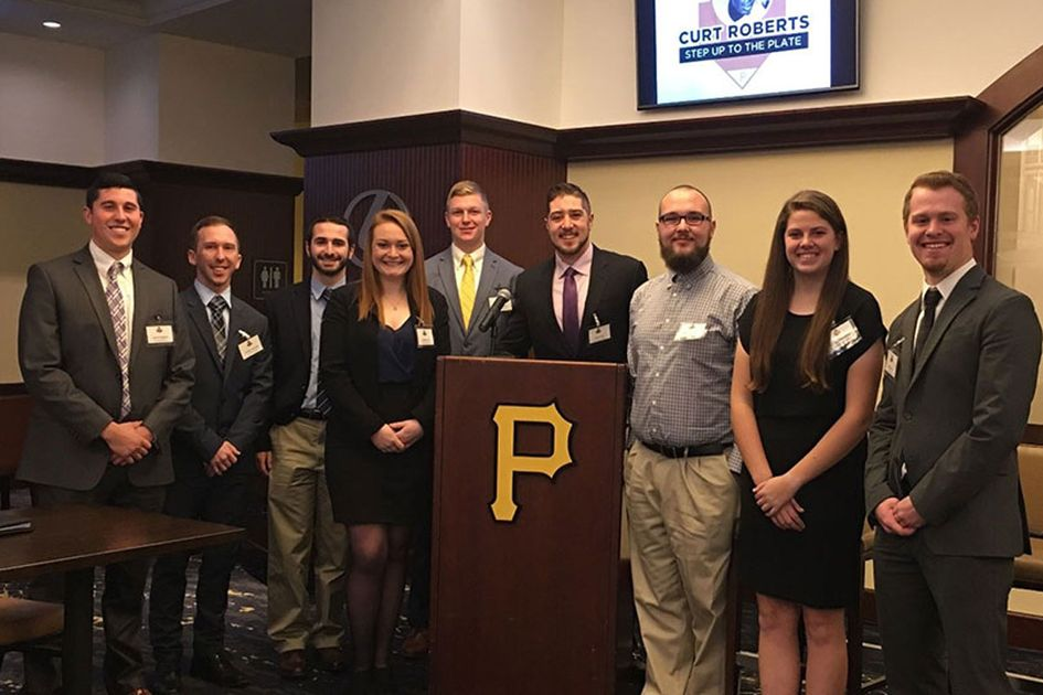 Sport Management students meeting with Pittsburgh Pirates, group photo.