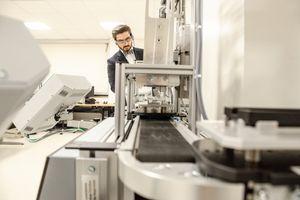 Thorsten Wuest in Research Lab