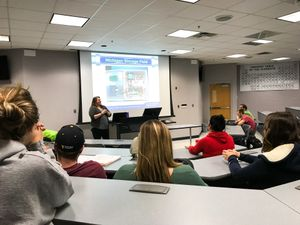 Alumna Stacia Wentz speaks to the Engineering Seminar class