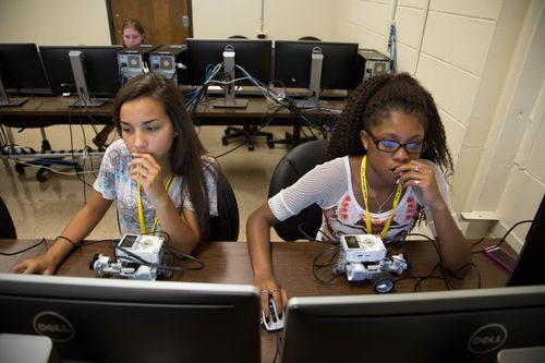 Students in the 2016 STEM Summer Academy for Girls program robots.