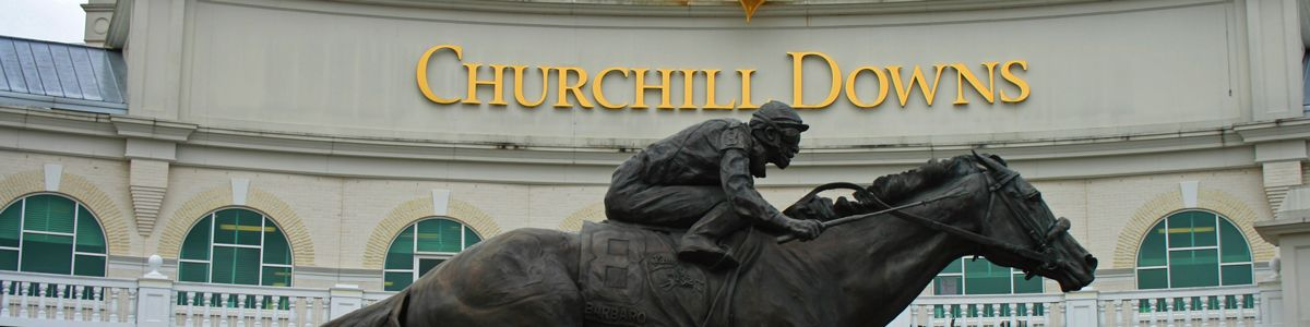 Churchill Downs race track and statue.