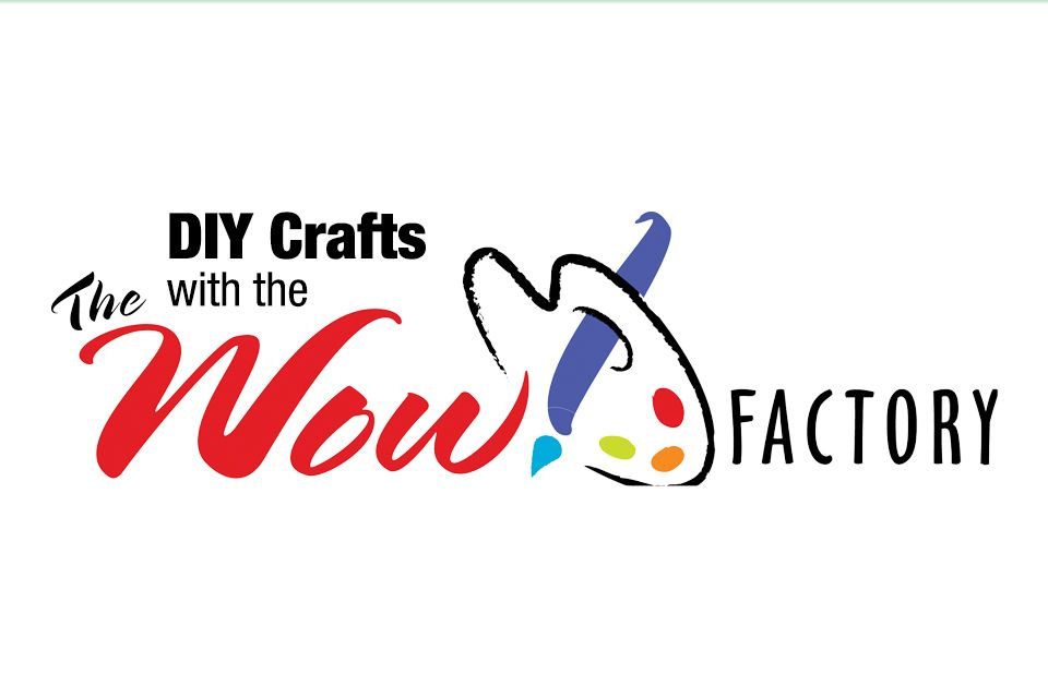 DIY crafts with the Wow Factory with a paint brush and palette