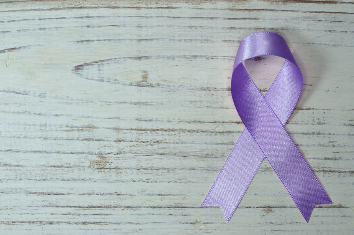 purple ribbon on gray background