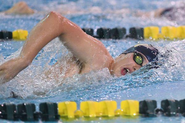 WVU swimmer action shot