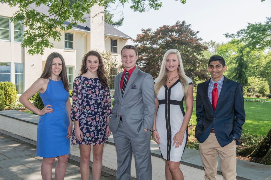 2018 Foundation Scholars: Meg Sorrels, Morgan Glass, Heath Cottrill, Ashley Eby, Shamil Patel at Blaney House