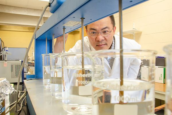 Lance Lin in his lab.