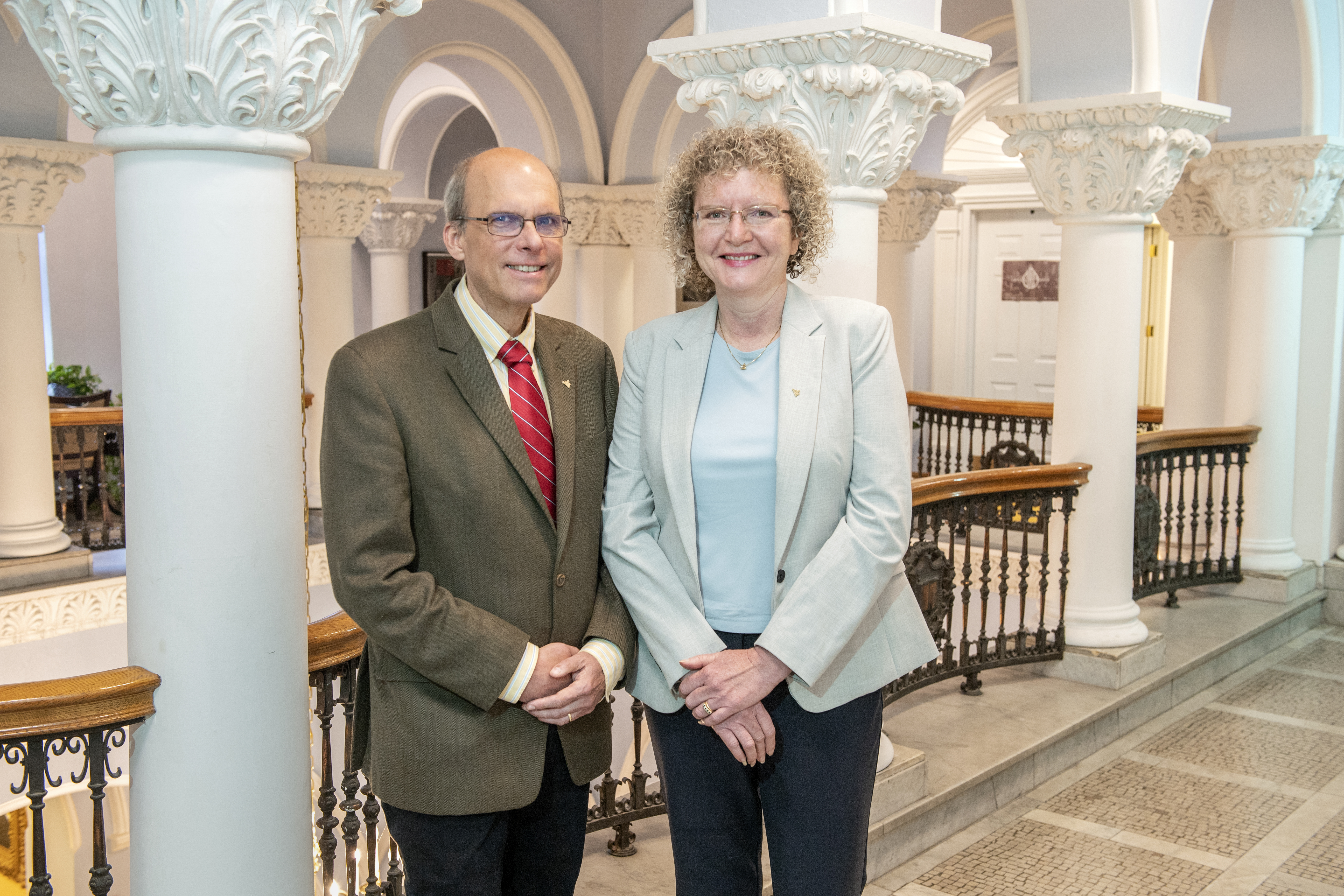 Photo of John and Gay Stewart in Stewart Hall