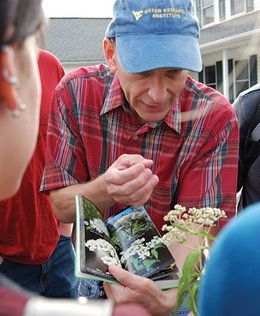 Jeff Skousen teaching students about plants
