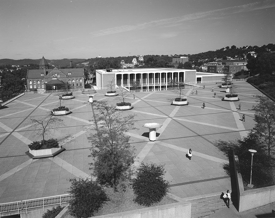 Mountainlair Plaza