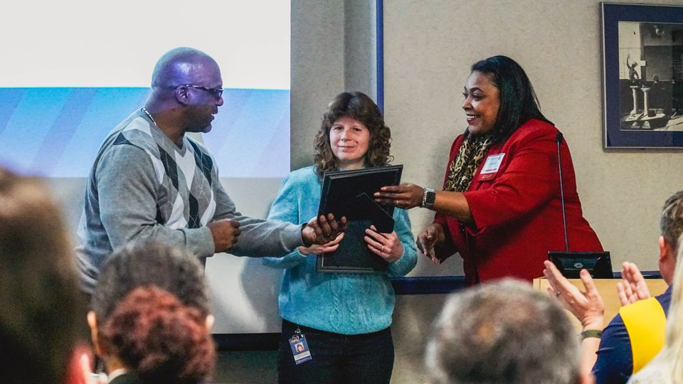 WVU Crucial Conversation Participant receives an award