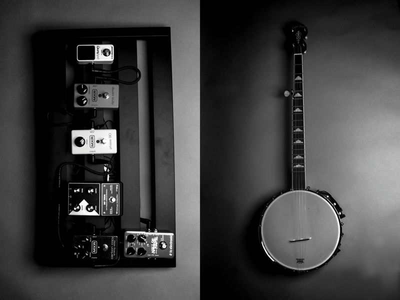 Photograph of a banjo and a sound effects petals