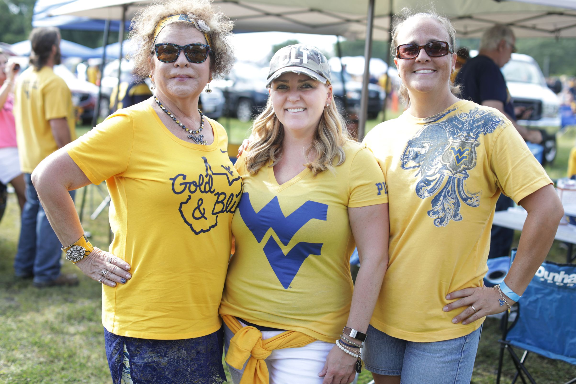 Women at tailgate