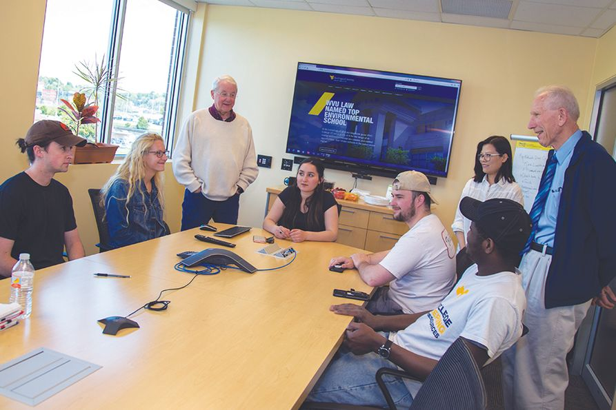 WVU Energy Institute staff and past CUMT participants give tips to the new students traveling to China on how to make the most of their experience and how to navigate international travel.