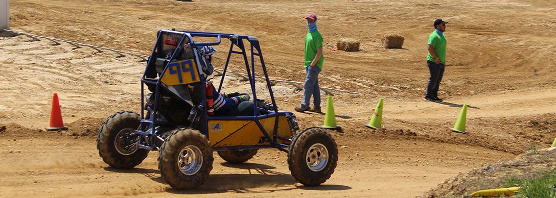 The WVU Baja team makes laps during the endurance race.