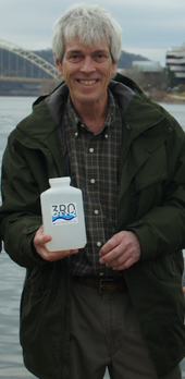 Photo of Dr. Ben Stout during a 3RQ experiment.