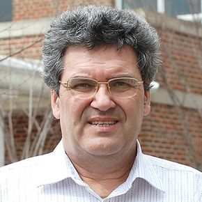 Mario Perhinschi